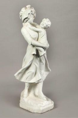Tuinbeeld Vrouw Met Kind Jurk Beton
