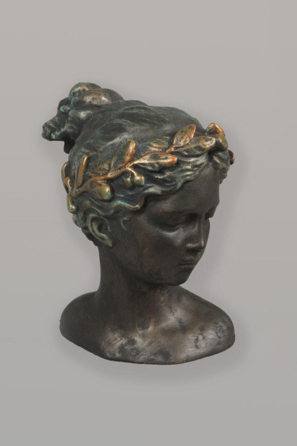 Tuinbeeld Kira Brons Paint Buste Beeld